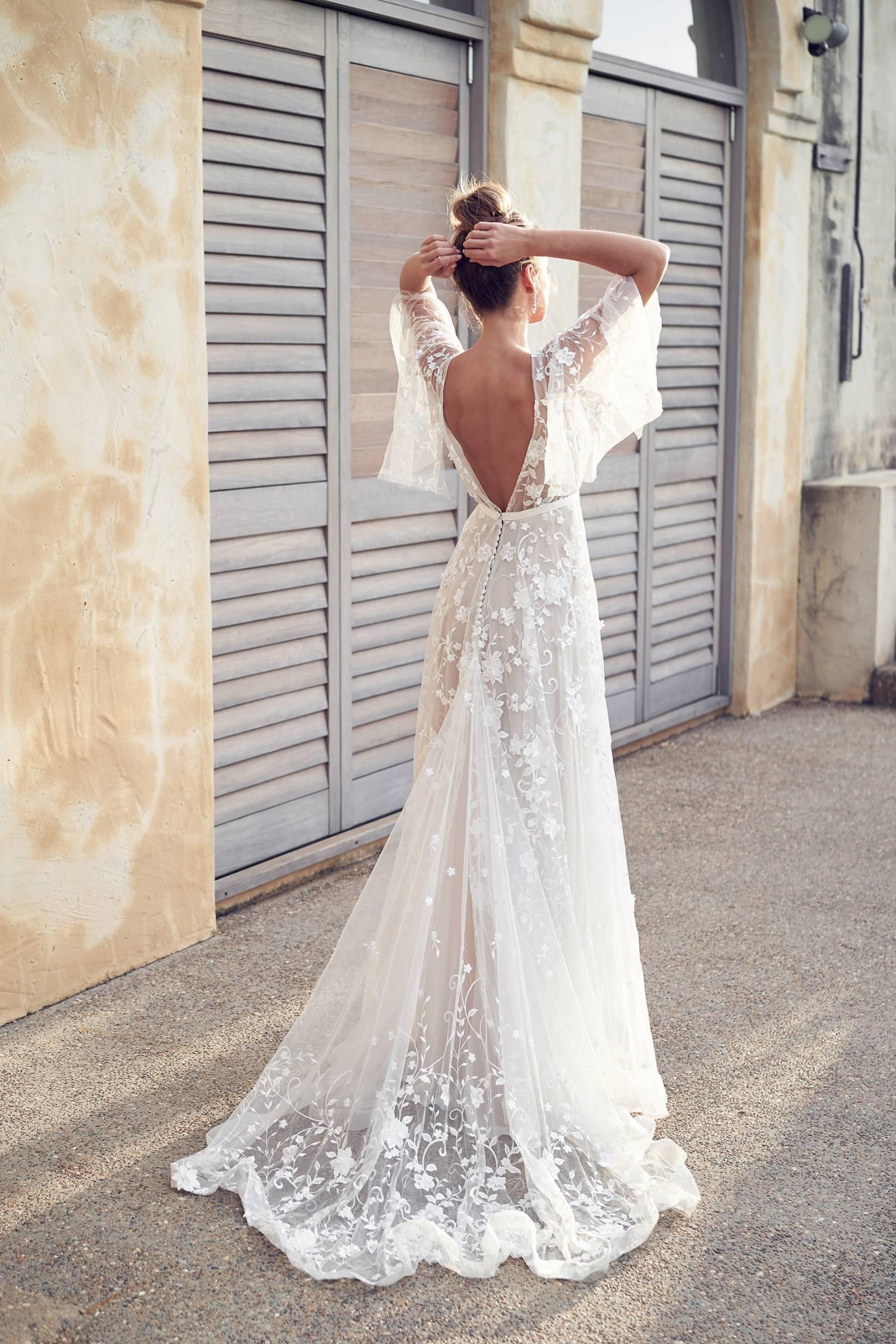 5 Boho Chic Beach Wedding Dress Designers Hawaii Wedding Gown Gallery Item 2