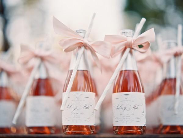 spring wedding favor ideas and inspiration
