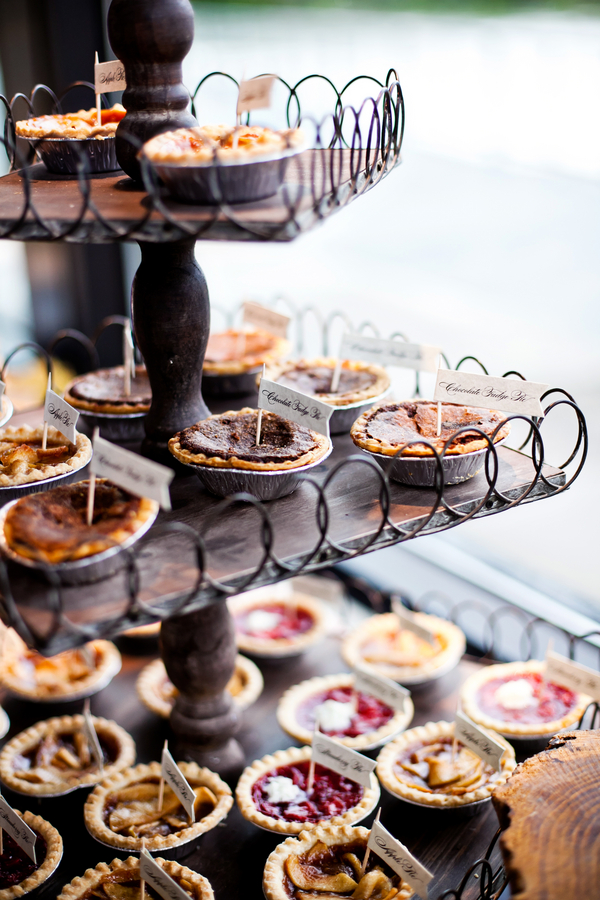 How To Have Pie At Your Lake Tahoe Wedding Lake Tahoe Gallery Beauteous Pie Display Stand