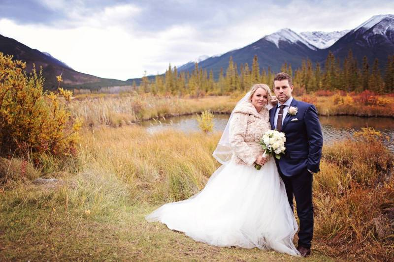 Fall Wedding In Banff Take Photos These Amazing Locations
