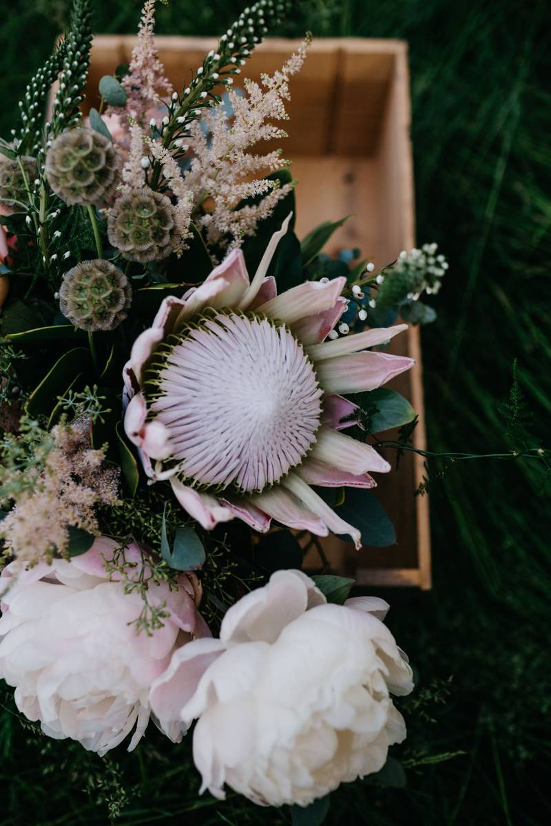 Floral Inspiration That Makes Our Hearts Flutter Wisconsin Wedding