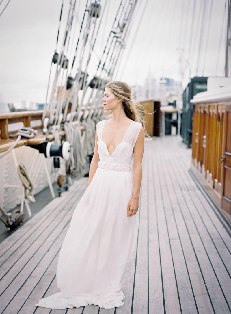 Elegant bridal shoot inspired by Maritime history | London Wedding ...