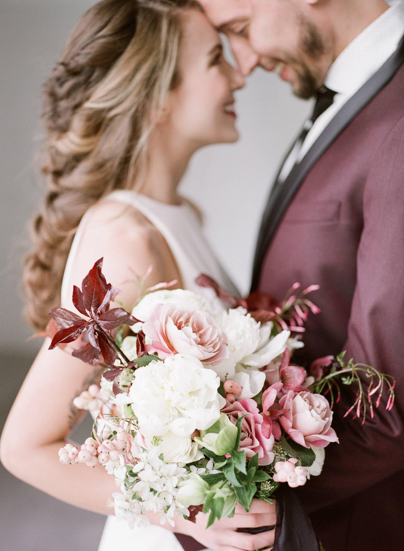 Modern Elopement Ideas In Shades Of Plum Pink Iowa Wedding