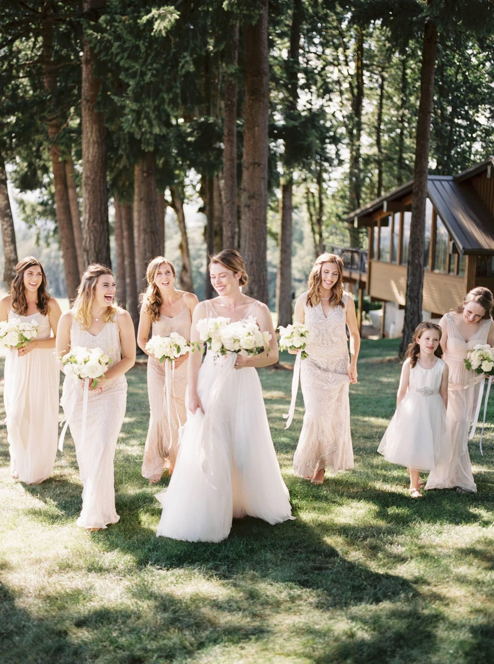 Romantic Outdoor Wedding At Vista Hills Vineyard Oregon Real