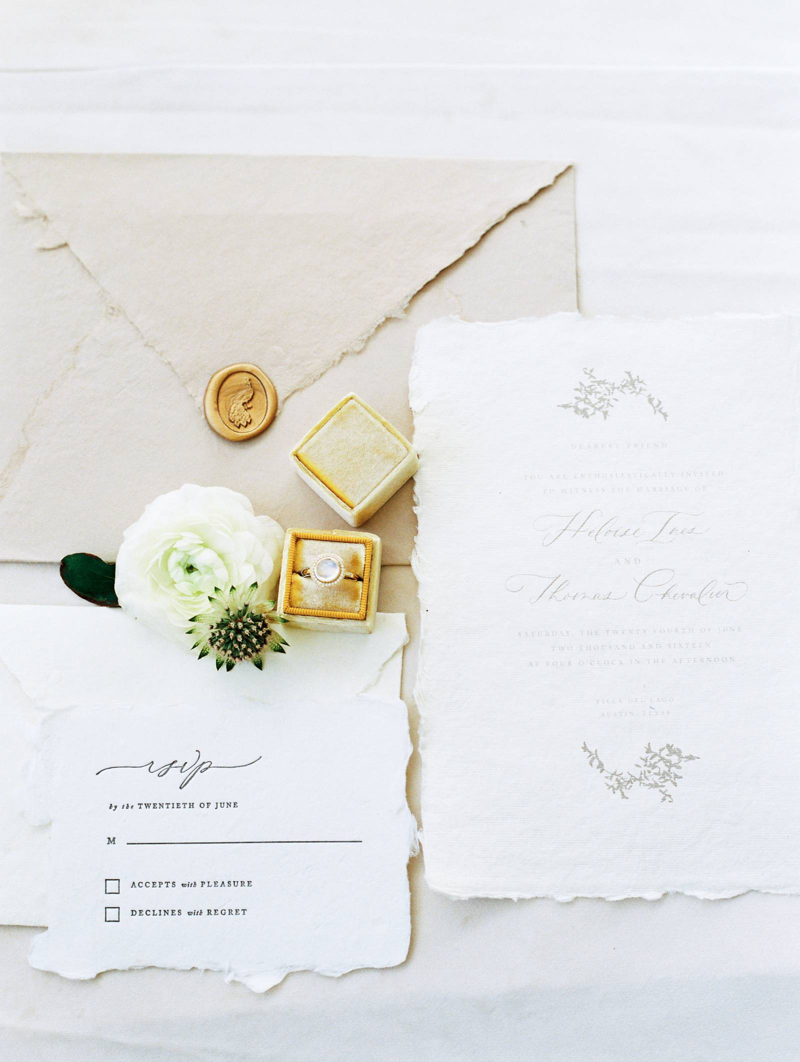Minimalist bridal ideas Inspired by the tones of winter