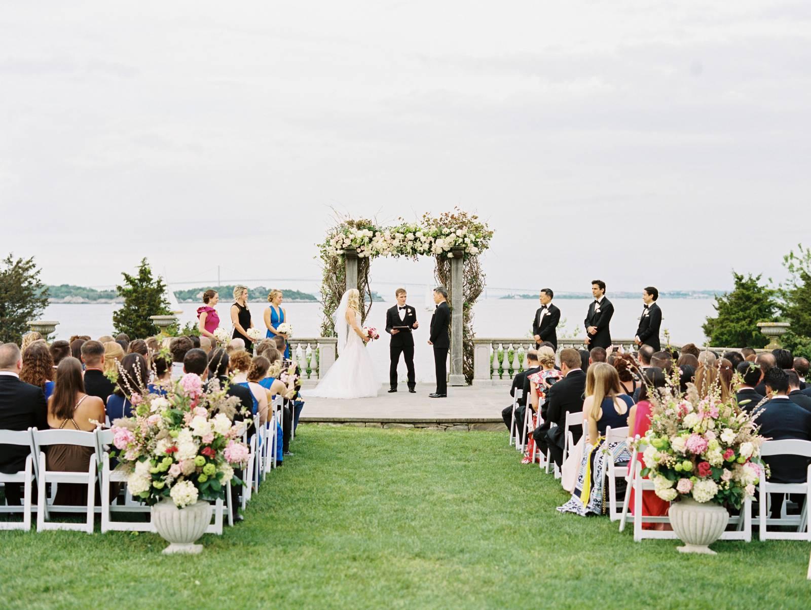 660f297d9ef5 Classically elegant wedding at Castle Hill Inn