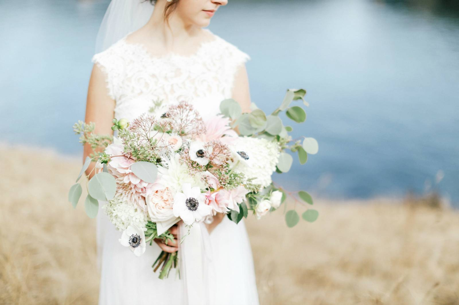 Wedding Florist Near Me.5 Minutes With Seattle Wedding Florist Country Bouquets Floral