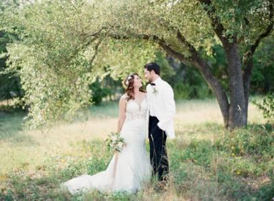 Luminous whimsical wedding photography junglespirit Choice Image