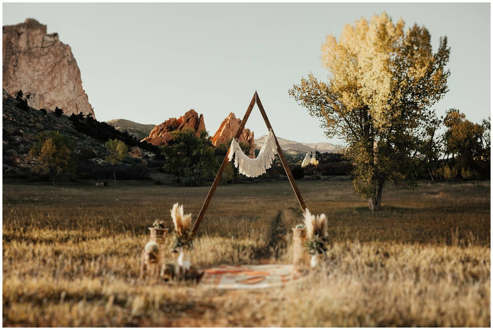 Garden of the Gods Sunset Wedding | Colorado Springs Real Wedding ...