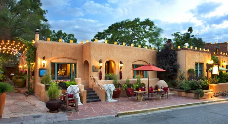 Top 4 Honeymoon Destinations In New Mexico