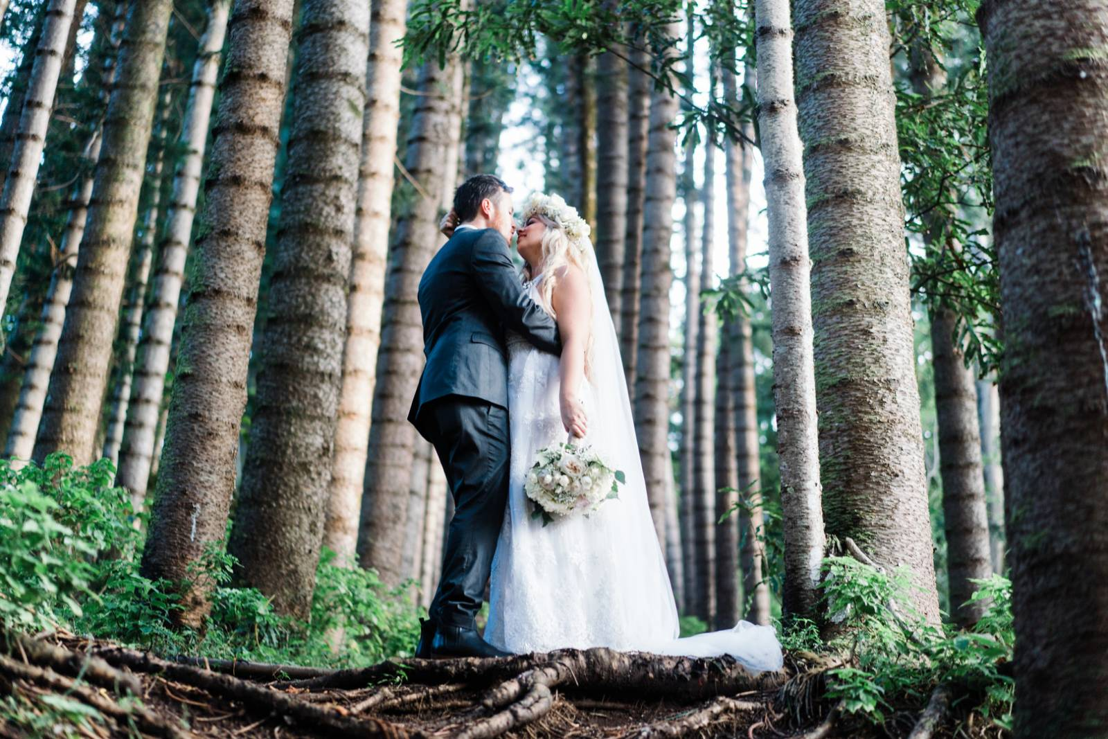 Talented Musician Ties The Knot At Nutridge Estate