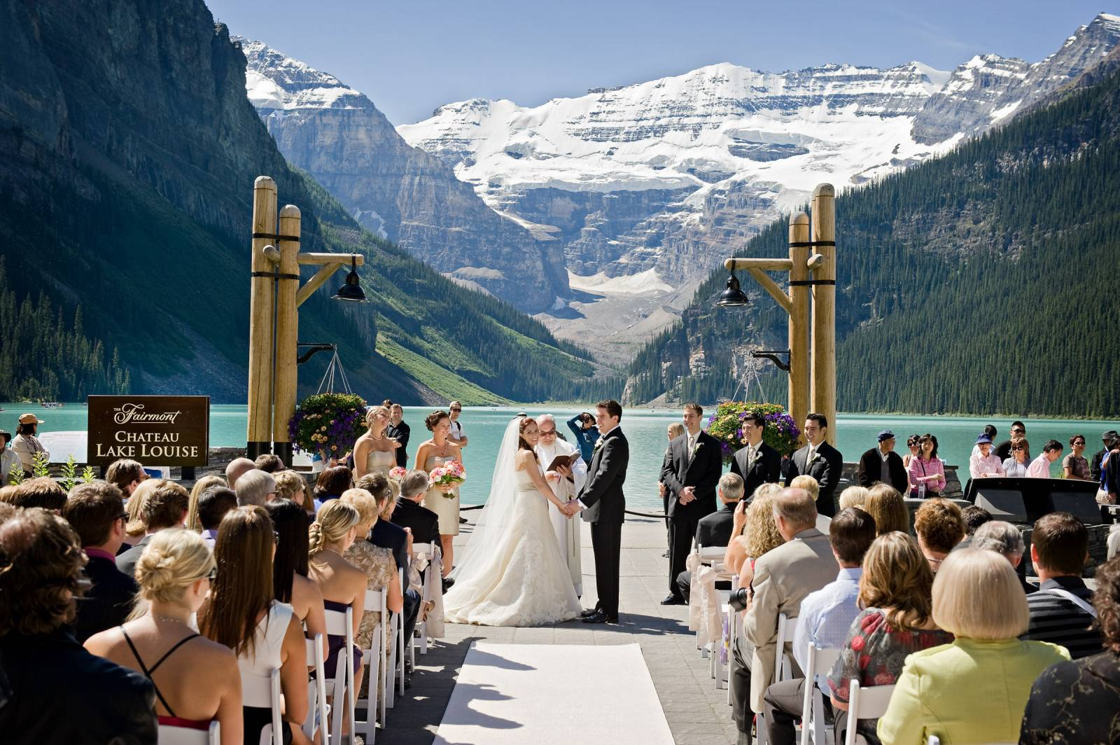 Fairmont Chateau Lake Louise Wedding Venue Lake Louise
