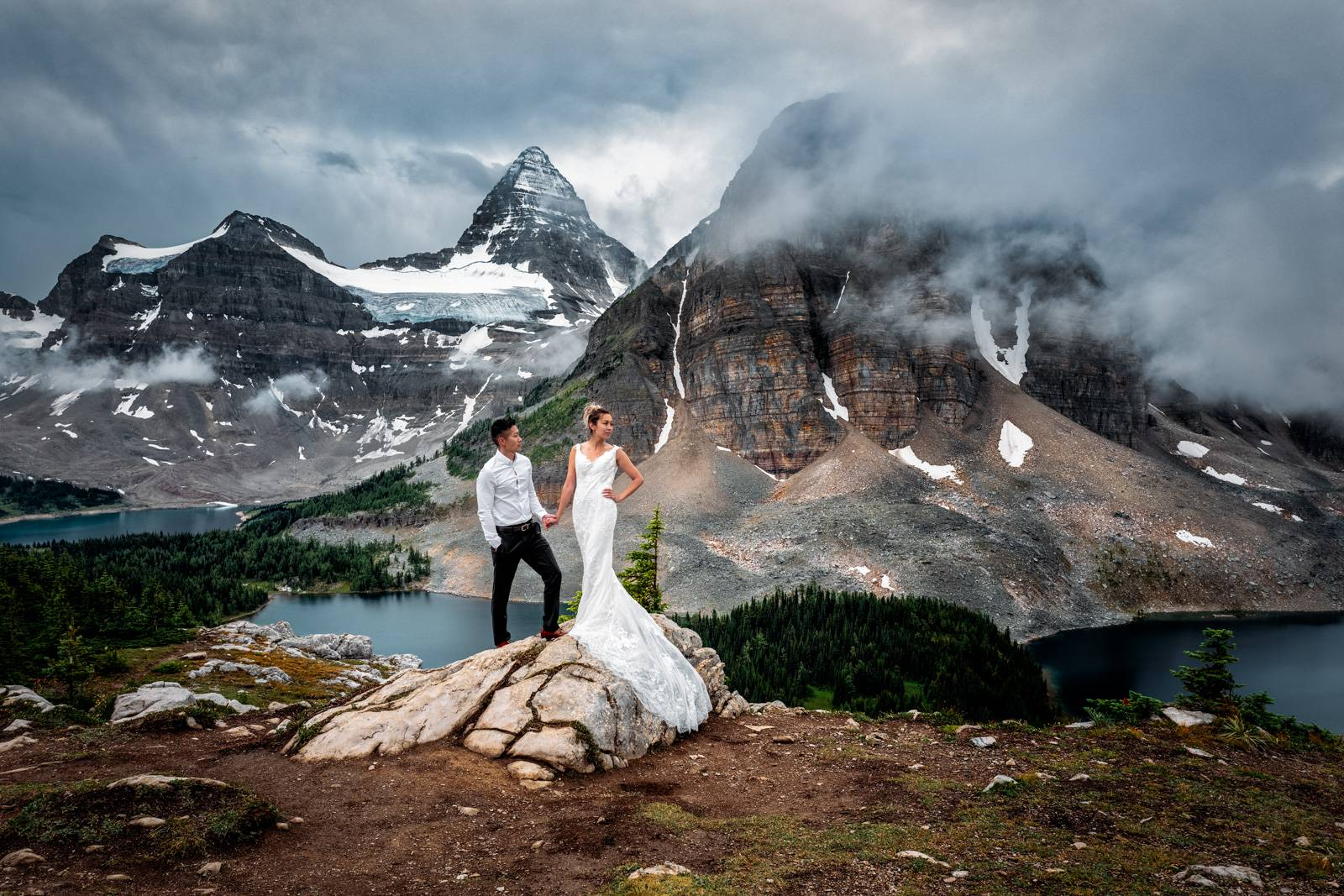 Mount Assiniboine elopement photographers