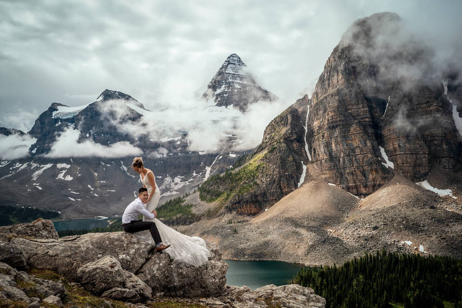mount-assiniboine-elopement-photographers