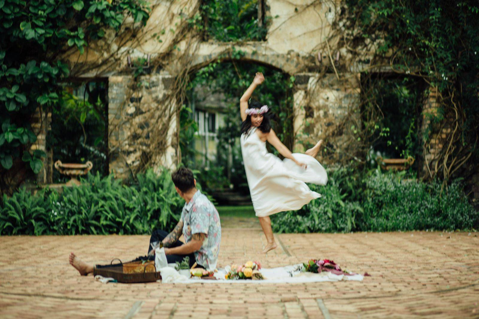 Romantic picnic elopement at the Haiku Mill