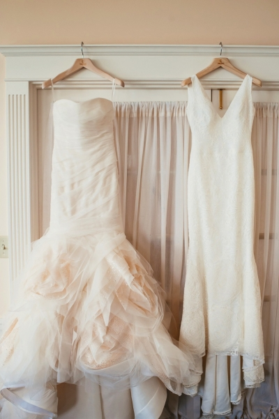 The Stunning Bride Wore Not One But Two Vera Wang Gowns First Was A Soft Blush Gown With Tulle And Sequins Second Dress Surprise Reveal For