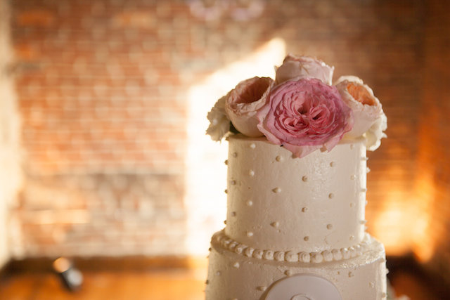 southern traditional wedding cake nashville