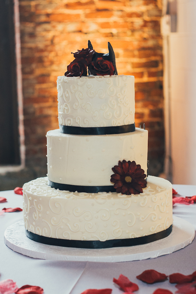 half traditional batman wedding cake cake story the cupcake collection helps nashville 15053