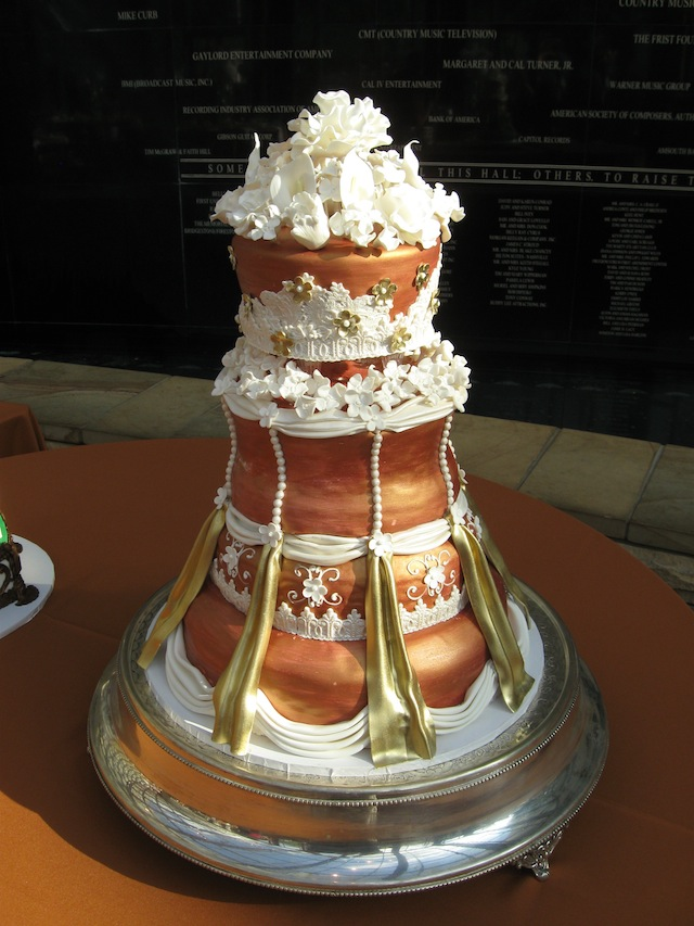 most extravagant wedding cakes luxury inspiration show stopping extravagant wedding 17576