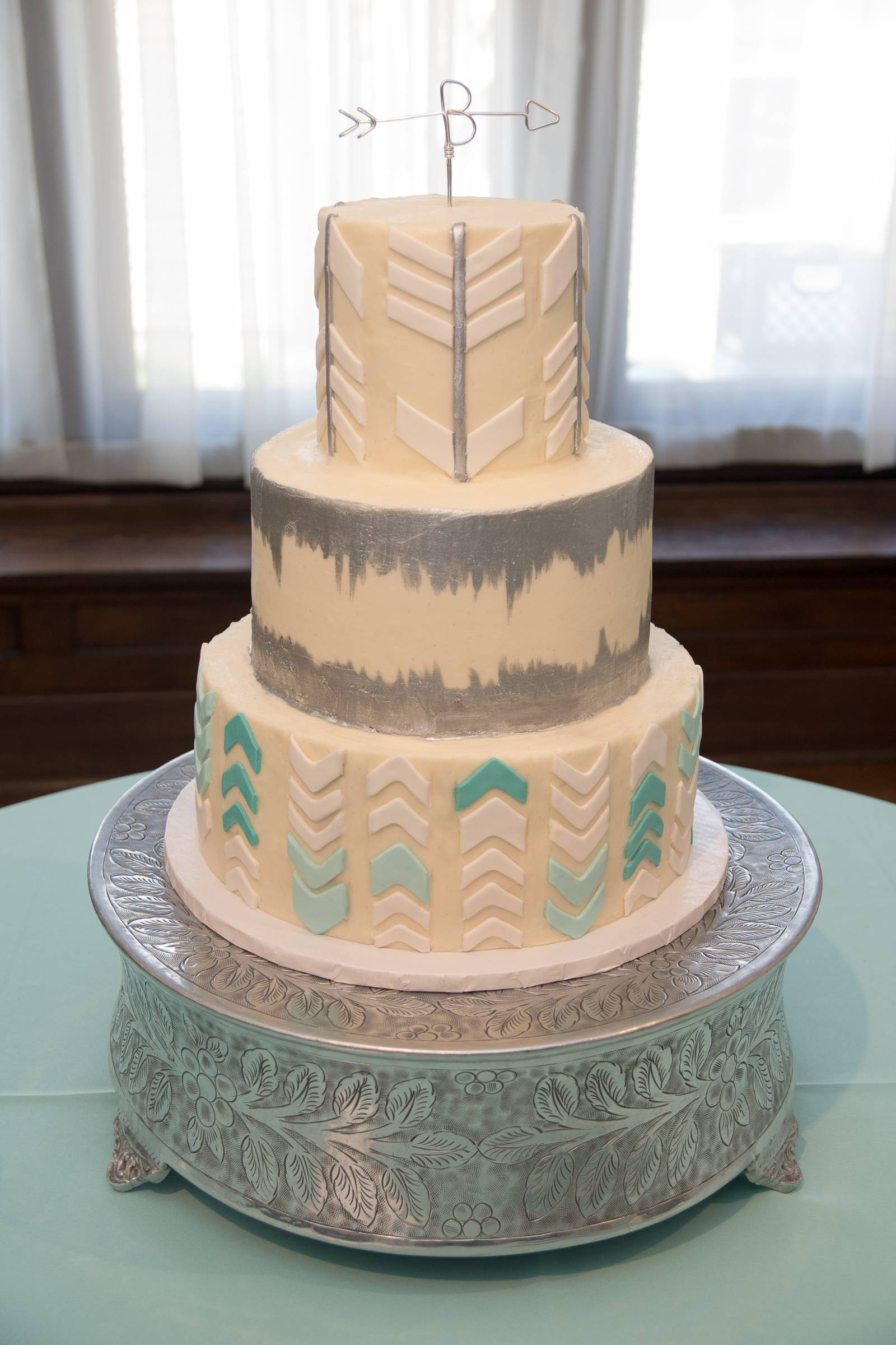 Meet Wolfe Gourmet Cakes: Gorgeous, Delicious Wedding Cakes in ...