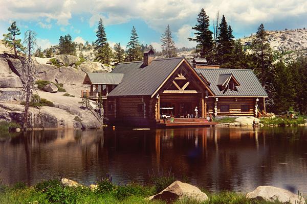 Lake Tahoe Wedding by Emily Heizer Photography | Lake Tahoe