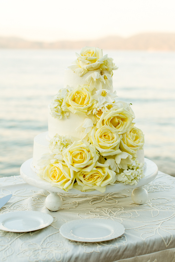 tahoe-wedding-cake-dlish