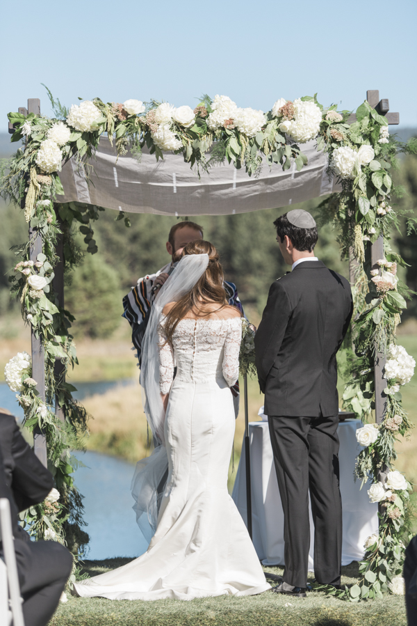 Elegant-Truckee-Wedding-Ceremony-2