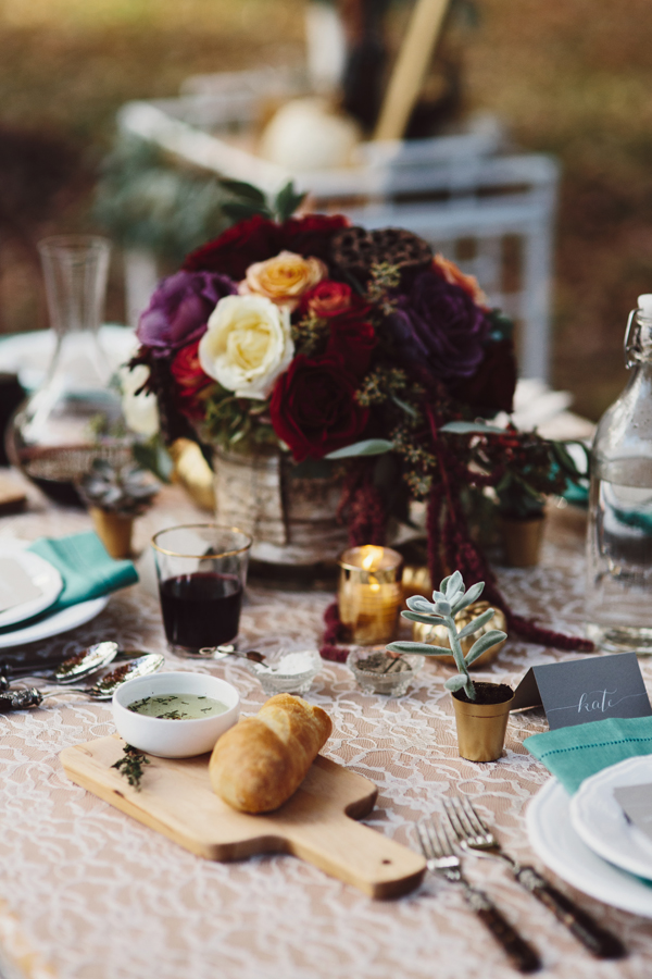 thanksgiving-fall-tablecloth-lace