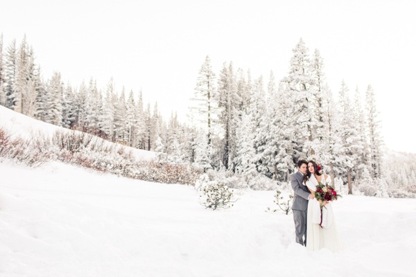 winter-wedding-in-tahoe-21