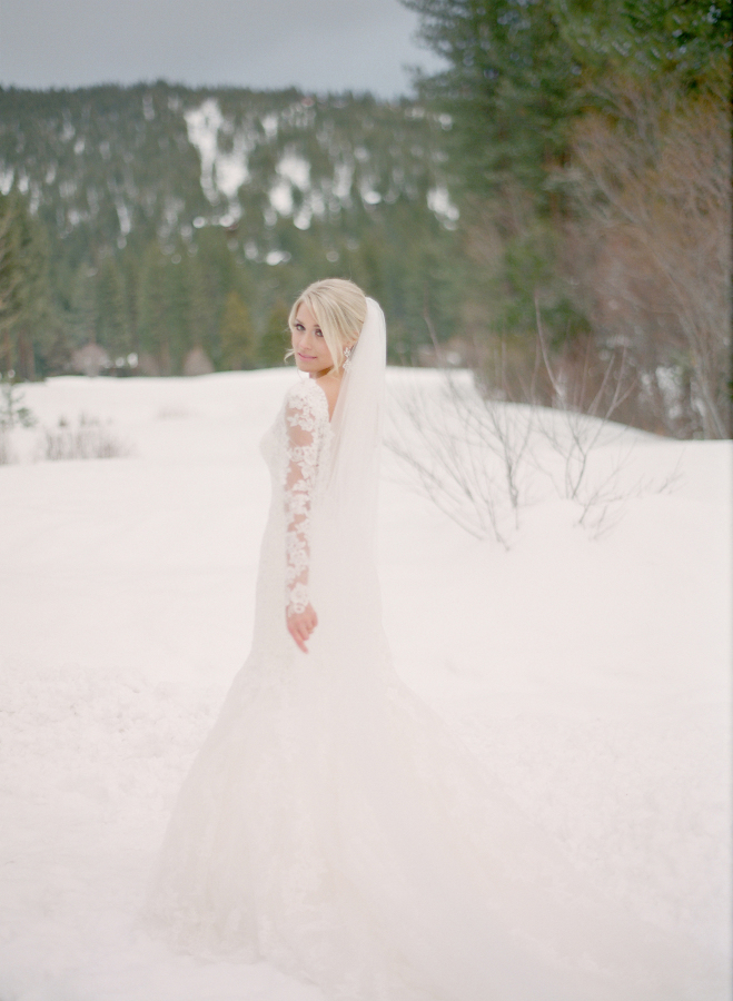 lake-tahoe-winter-wedding-8