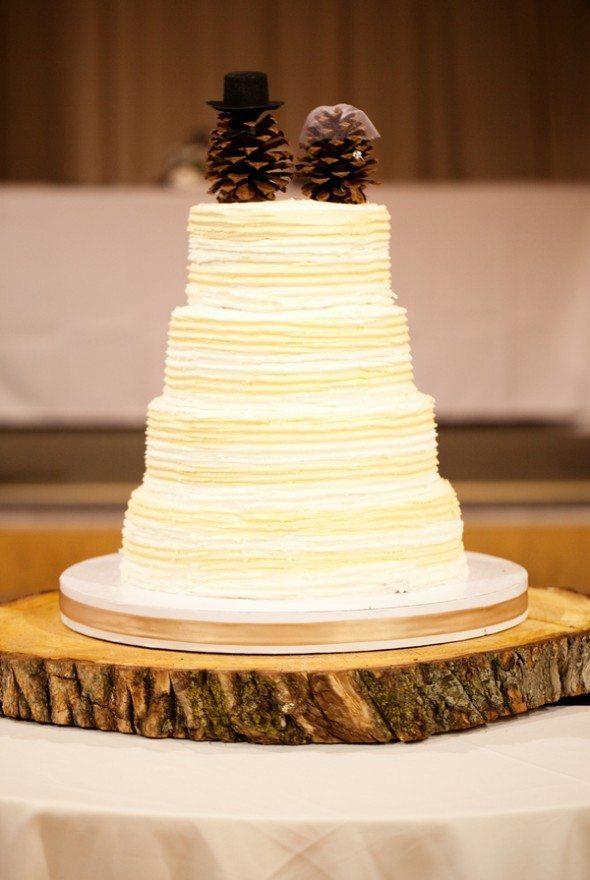 Wedding Cakes That Scream Lake Tahoe | Lake Tahoe Inspiration Boards ...