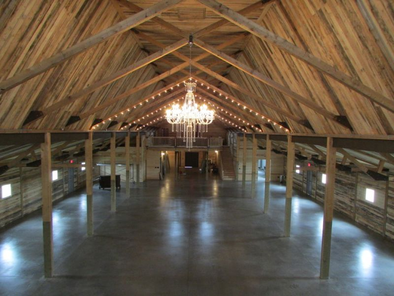 Barn Weddings Where To Get Married In Banff Canmore Calgary And Beyond