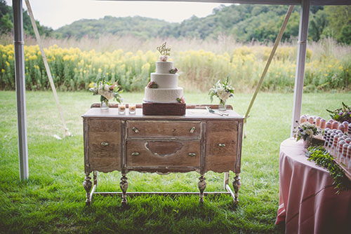 white cake, vintage rentals, sweets table