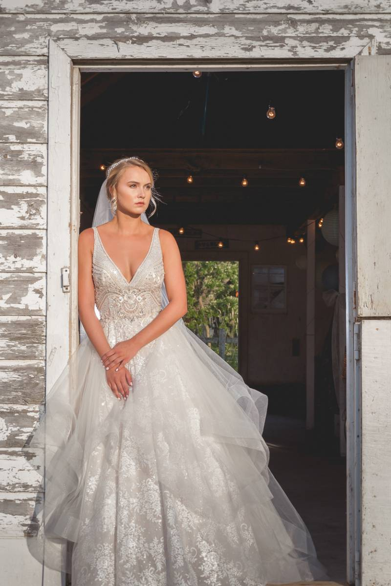bridal dress, bridal gown, wedding dress, wedding gown, wedding fashion inspiration shoot, bridal sh
