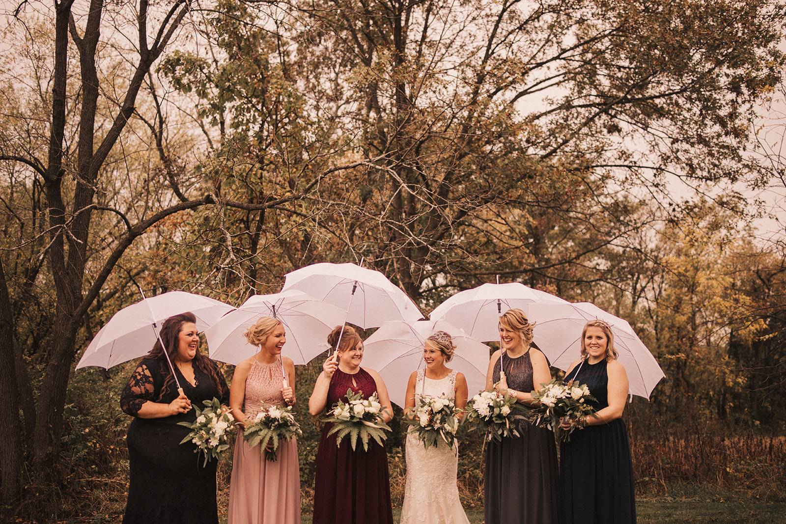 bridesmaids, bridesmaid dresses, fall wedding colors