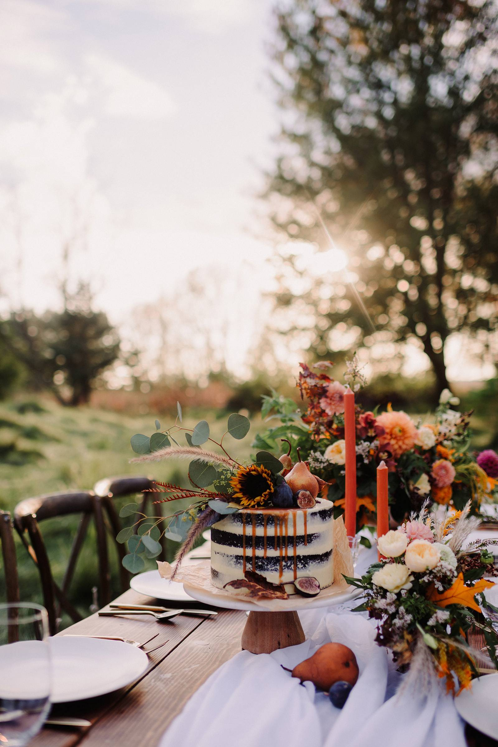 fall autumn naked cake wedding design ideas