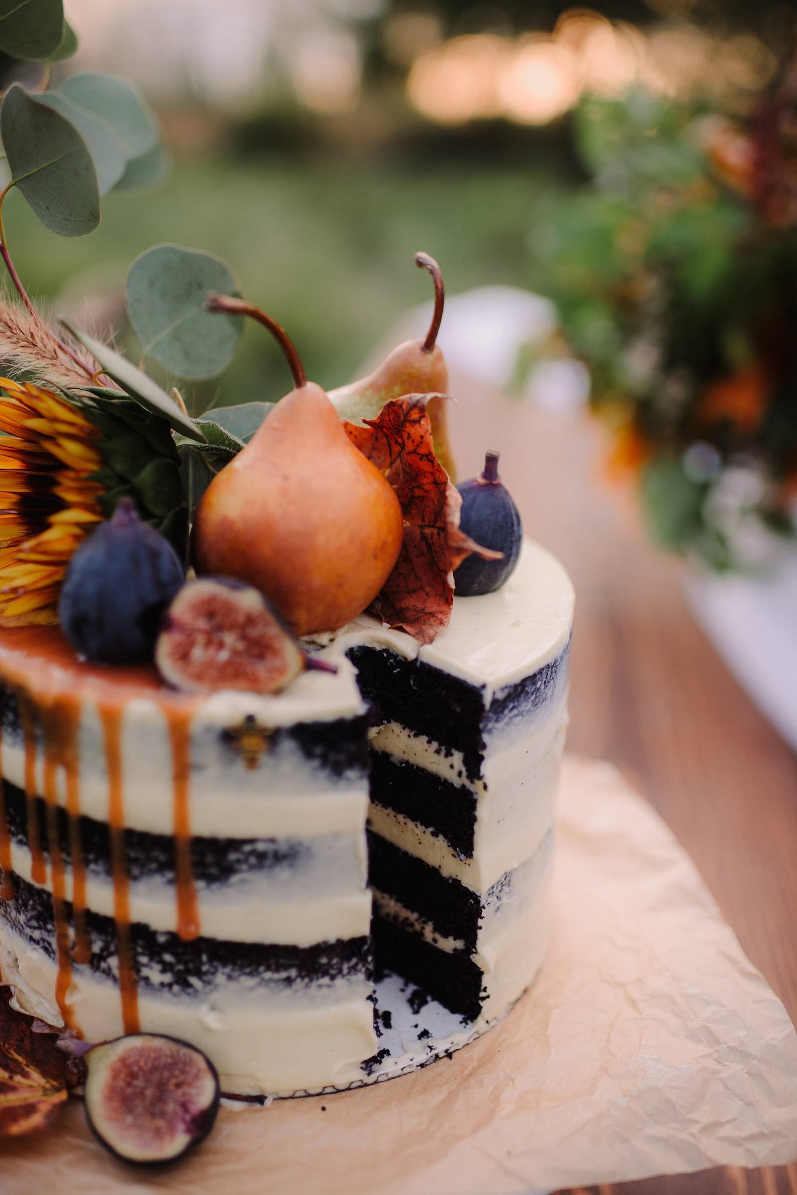 fall autumn naked cake dripping caramel figs pears fruit cake topper texture foliage