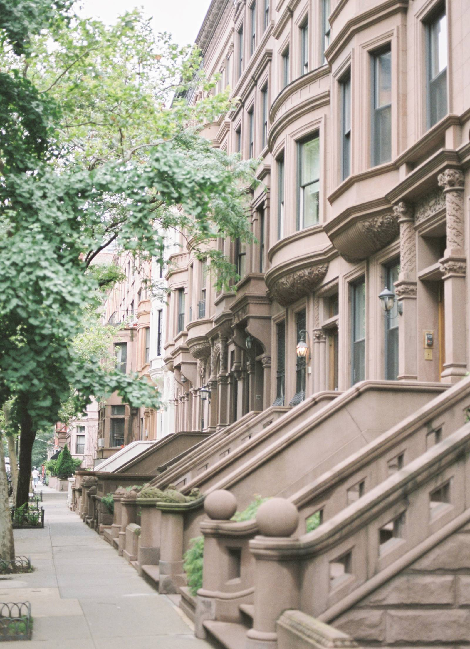 A stunning photo of the brownstones of New York Manhattan