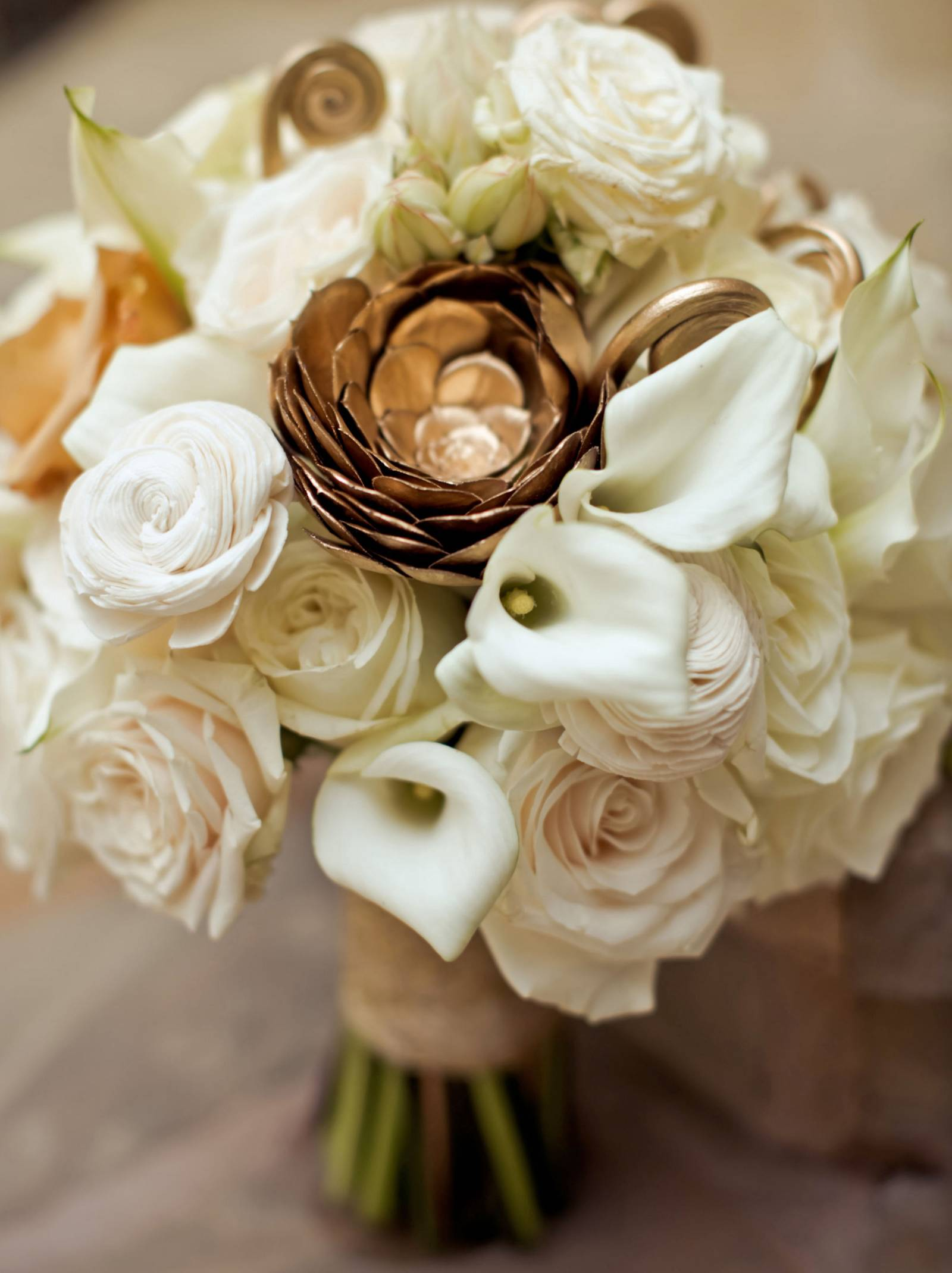 gold, blush and white bouquet