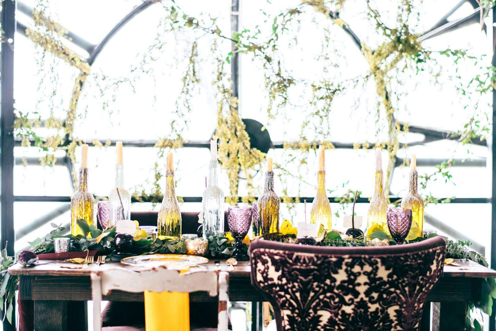 Maroon and Yellow Clocktower Wedding   Denver Styled Shoots