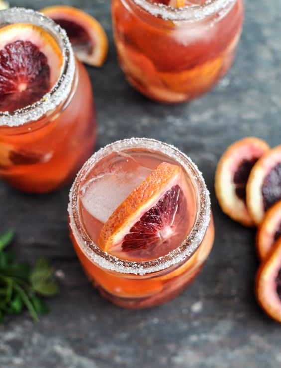 Fun Drinks to Put on a Cocktail Hour List
