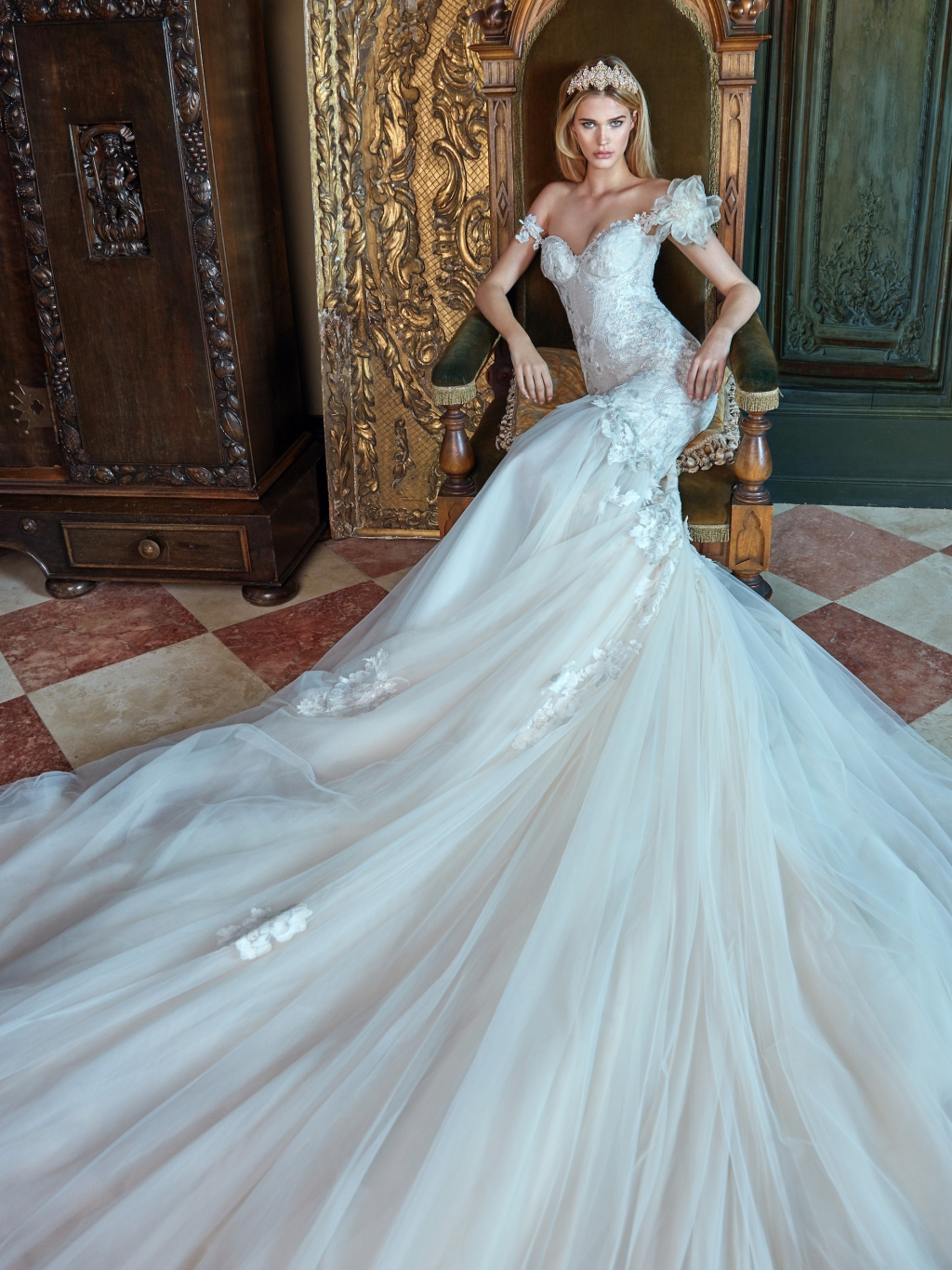 Galia Lahav Trunk Show in Hawaii 2017 | Honolulu Commercial