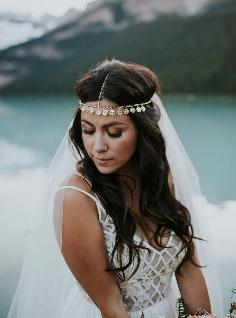 lake louise elopement| featured on greenwedding shoes | lake louise