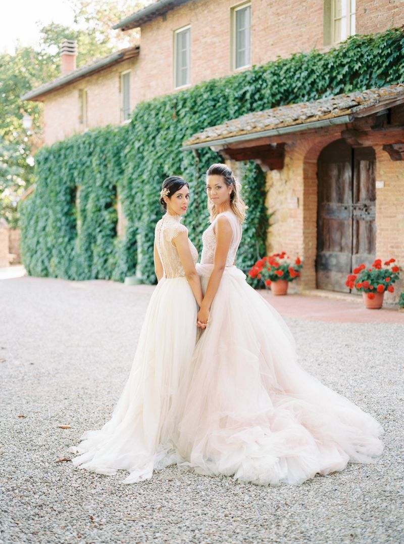 Intimate Tuscany Elopement Shoot with a striking colour palette ...