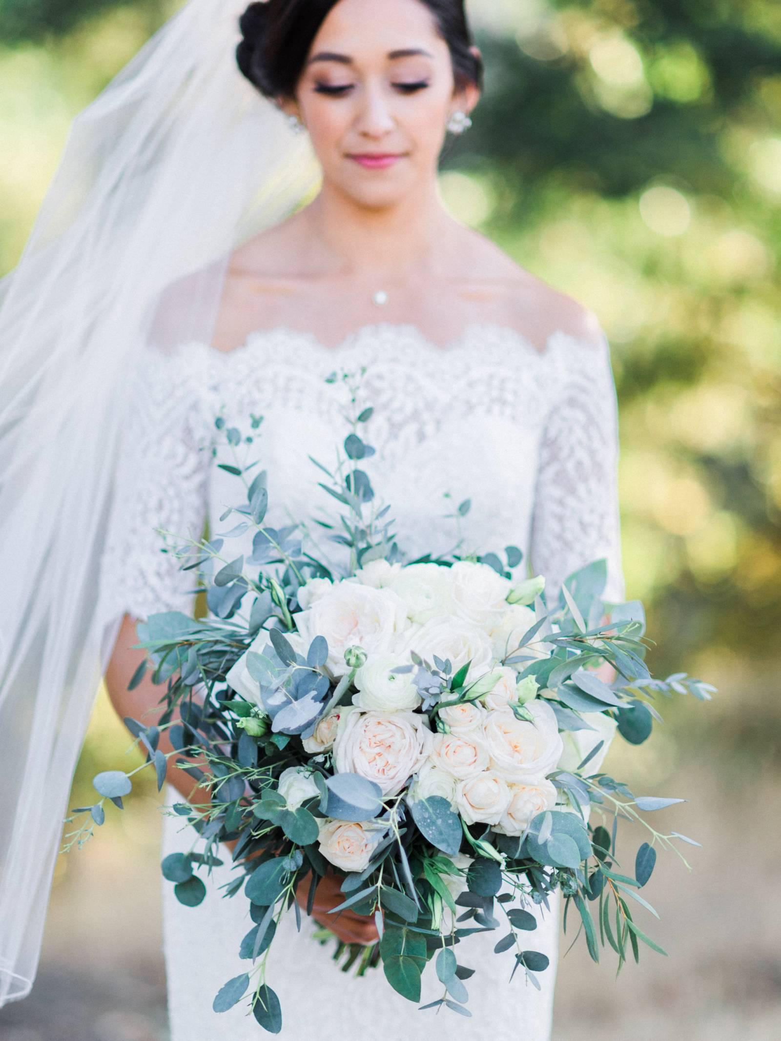 Magnificent Borrow A Wedding Dress Photos - Wedding Ideas ...