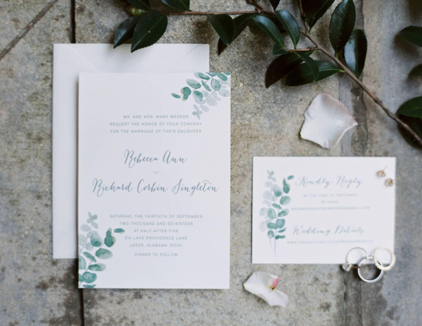 Simple yet magical Alabama Backyard Wedding | Alabama Real Weddings