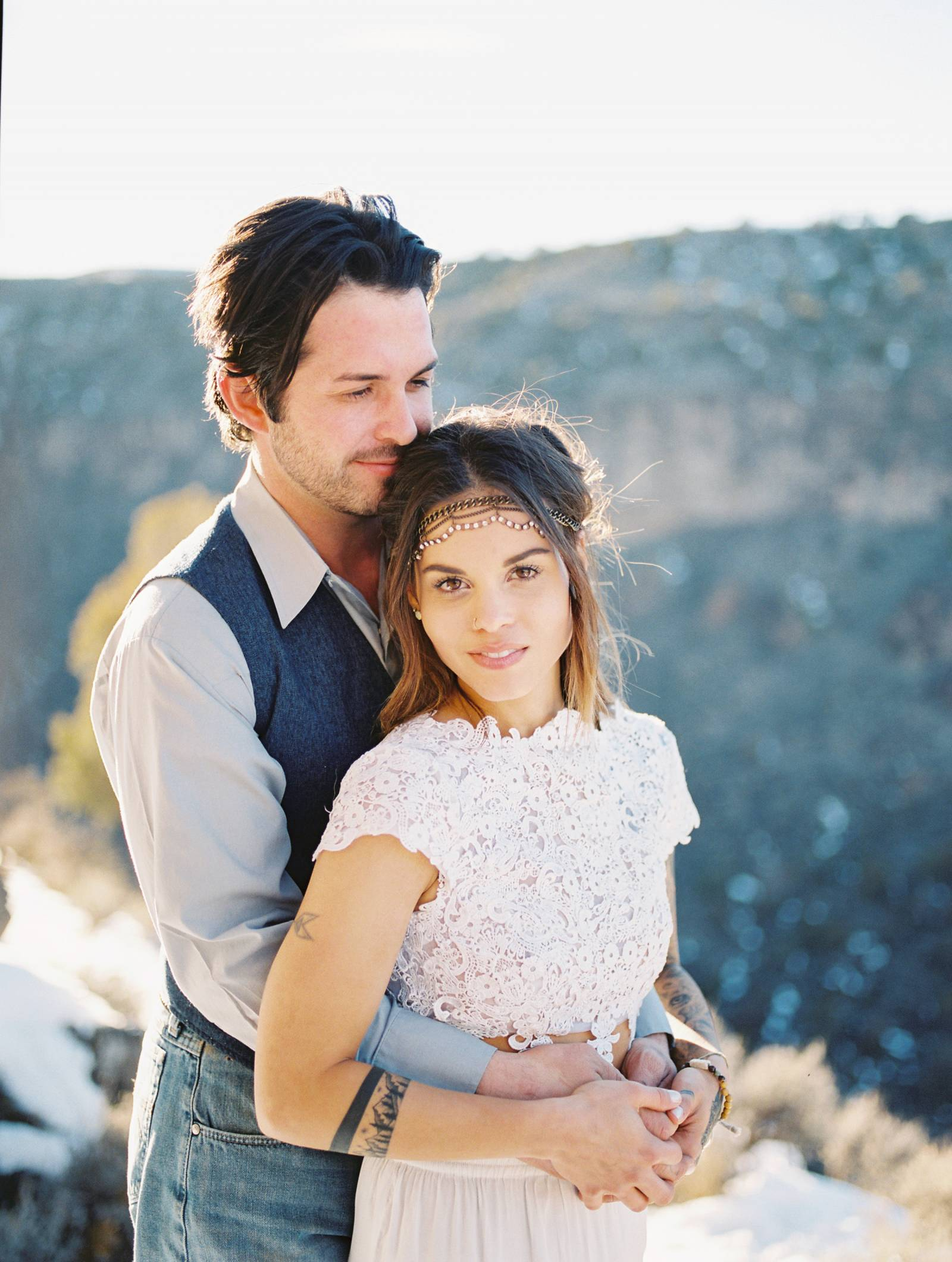 Urban Mountain-side anniversary session in Taos, New Mexico | New