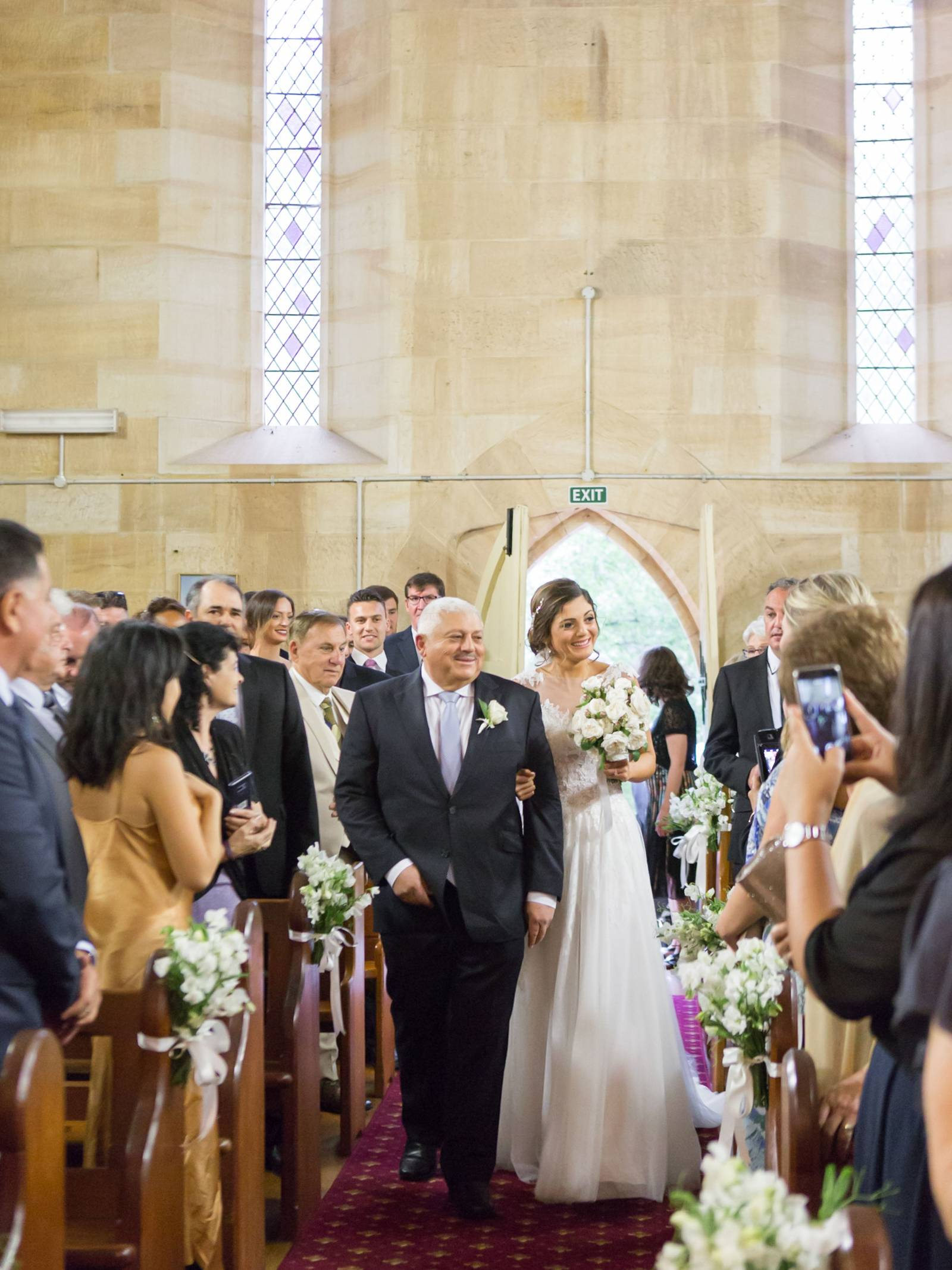 Asej an elegant vineyard wedding in the southern highlands of new