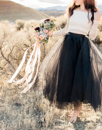 Raw & Natural Bridal Inspiration In Oregon