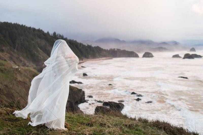 Oregon coast bridal